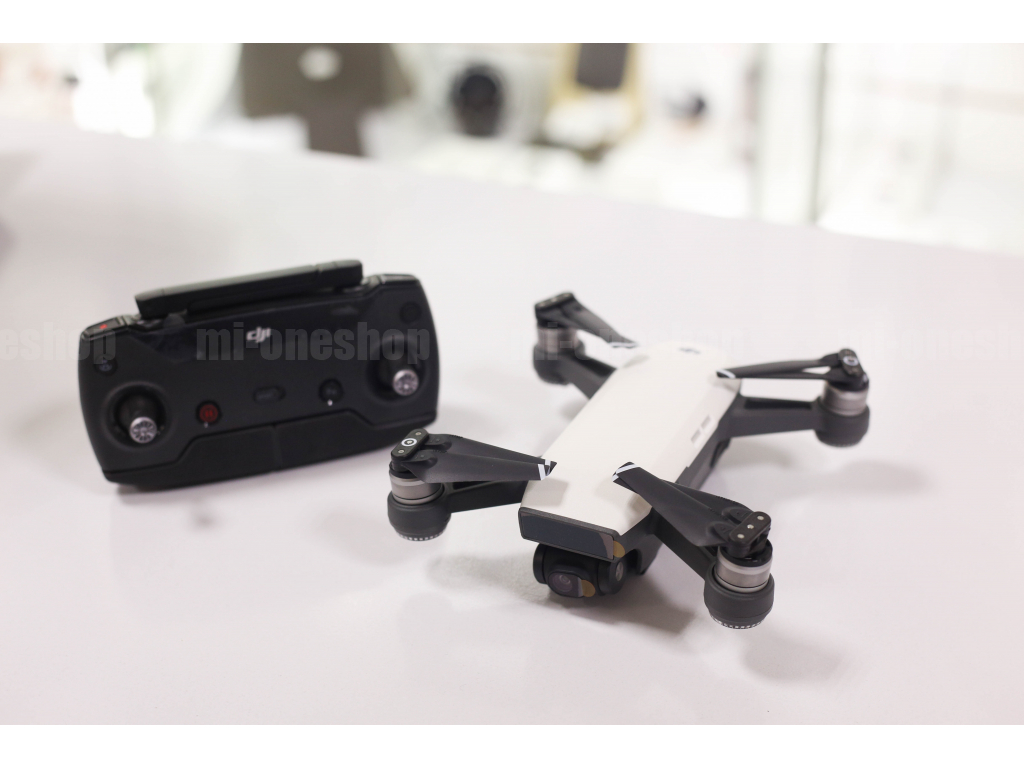 Защита объектива к коптеру спарк комбо новая виртуальная реальность очки